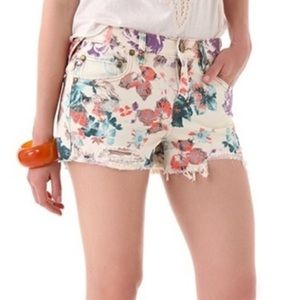 Free People Distressed Cut Off Floral Shorts   27